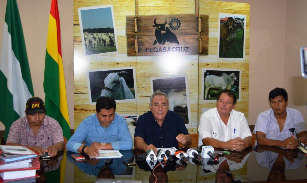 Conferencia entrega de Proyectos a Diseño Final, para Construcción de Mataderos Frigoríficos Municipales